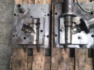 Injection mold - Tee…