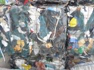 Broken PP / PE waste