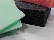 Odpady tworzyw pianka PE polietylowa, poron techniczny, pianki uretanowe, PA 6 GF20 FR