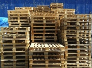 Wooden pallets measuring 110 x 110