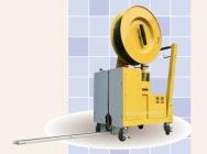 Maszyna do spinania paczek na paletach