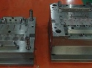 China custom mould maker plastic injection/die casting/compression