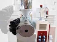 One-screw extruder for…