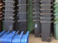 HDPE kosze / pojemniki na śmieci - odpad - przemiał