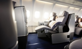 Ultra-lightweight solution in the solar-powered aircraft Solar Impulse