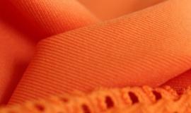 K 2016: eleganckie tkaniny z biopoliamidu firmy Evonik