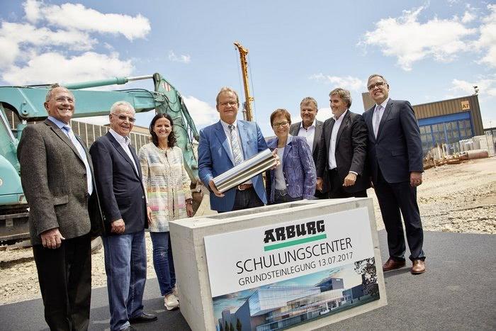 Kamień węgielny pod nową budowę w Loßburg