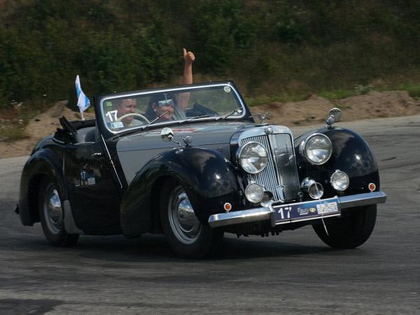 triumph 2000 rodster 1949