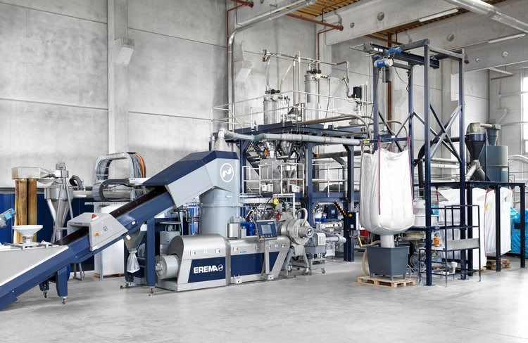 EdelweissCompounding line with EREMA recycling extruder