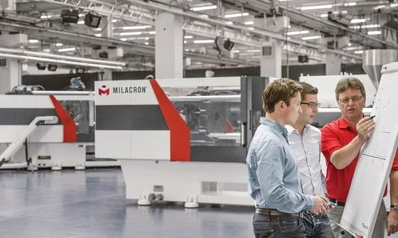 At Fakuma 2017 Milacron focuses on enhanced mold-masters service