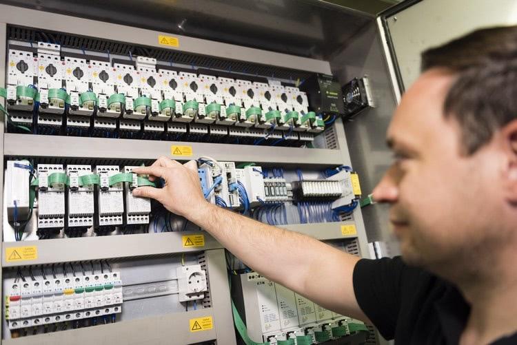 Inteligentny system łączności SmartWire-DT