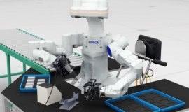 """Robot o """"ludzkich dłoniach"""" zrewolucjonizuje produkcję elektroniki?"""