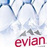 Od 2025 r. woda Evian tylko w butelkach pochodzących z recyklingu