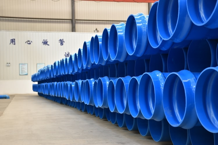 Biaxially oriented PVC-O pipes