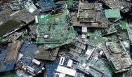 Ekstrakcja czystych metali z odpadów elektronicznych