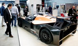 Cooperations with the automotive industry drive growth of the composites industry