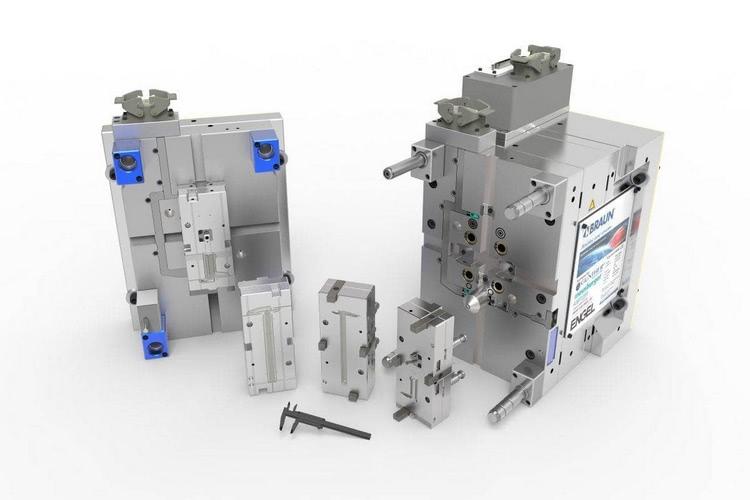 Das von Braunform gebaute Werkzeug mit patentierter Schnellwechselmechanik erlaubt Produktwechsel in einer Minute.