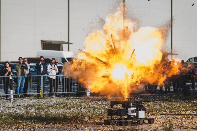 pokazy wybuchów