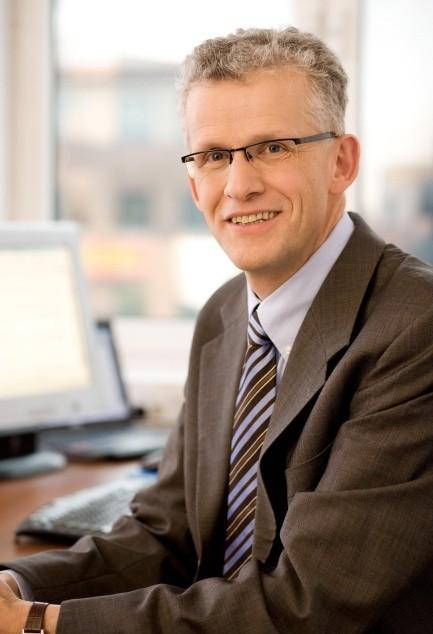 Dick Stolwijk, nowy wiceprezes ds. marketingu, sprzedaży i łańcucha dostaw Basell Orlen Polyolefins Sp. z o.o. (BOP) oraz mowy Prezes Zarządu spółki handlowej BOP - Basell Orlen Polyolefins Sprzedaż Sp. z o.o. (BOPS)