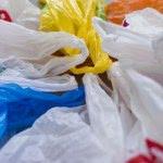 Wielka Brytania zwiększy opłaty za plastikowe torby