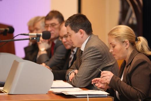 Akcjonariusze Zakładów Azotowych w Tarnowie - Mościcach SA (ZAT) zdecydowali o wprowadzeniu spółki na Giełdę Papierów Wartościowych w Warszawie