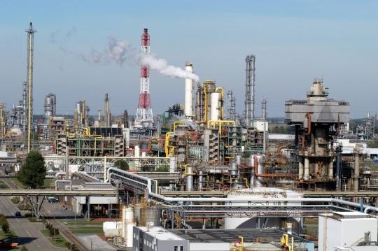 Raport na temat perspektyw światowego rynku chemicznego