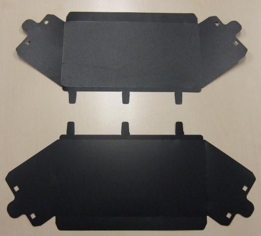 Wycinane części izolacyjne z nowej błony EFR 735 firmy SABIC Innovative Plastics