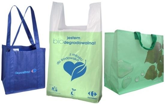 torby oferowane przez sieć Carrefour