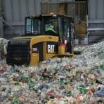 Trzy sposoby walki z odpadami: recykling, spalanie i składowanie