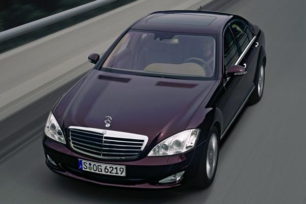 Nowe tworzywo firmy DSM dla Mercedesa