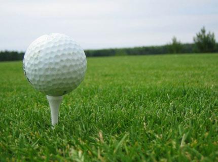 Biodegradowalne piłki golfowe