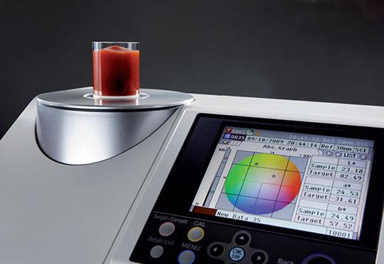 Nowy spektrofotometr firmy Konica Minolta
