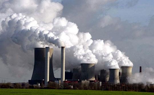 Polskie firmy w systemie handlu uprawnieniami do emisji CO2