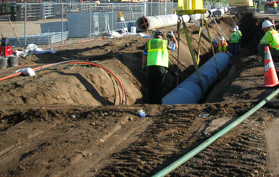 Przedsiębiorstwo Barbara Kaczmarek realizuje projekt wymiany sieci kanalizacyjnej i rurociągów dla wody pitnej w województwie zachodniopomorskim w dorzeczu Parsęty. Przy budowie instalacji wykorzystywany jest dostarczony przez koncern Borealis polietylen wysokiej gęstości.