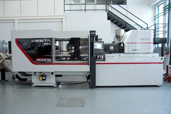 Nowe wtryskarki Vesta firmy Negri Bossi