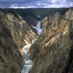 Zużyte opakowania z tworzyw wykorzystywane w parku Yellowstone