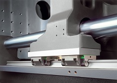 Hydrauliczna wtryskarka Demag Systec z nowym stero-waniem NC5