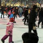 Skating on a 'green' ice rink with winter eco-spirit