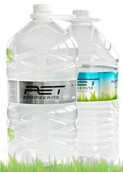 P.E.T. Engineering, NOVAPET and SIDE have created the lightest 5l PET container in the world.