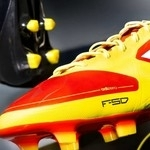 Wtryskarki do produkcji butów piłkarskich
