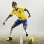 Tworzywa obniżają ciężar butów piłkarskich