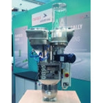 motan-colortronic shows the ULTRABLEND 95 dosing and mixing system