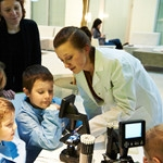 Program praktyk firmy Bayer i Politechniki Warszawskiej
