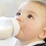 Opakowania mleka w proszku bez zdjęć niemowląt