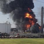 Pożar w zakładach chemicznych w USA