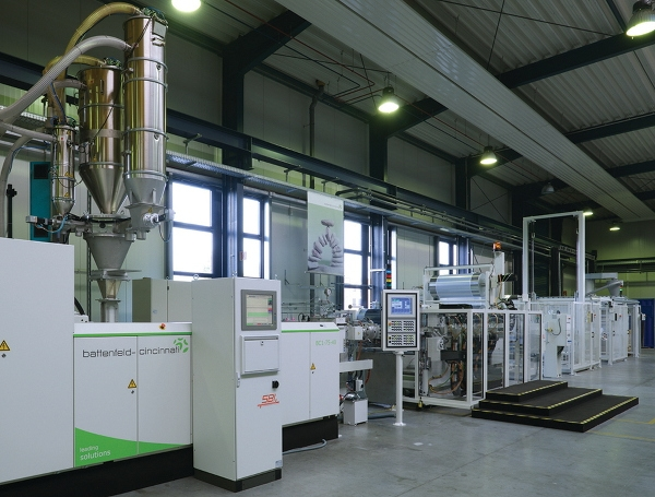 PP sheet extrusion line with Multi-Touch roll stack