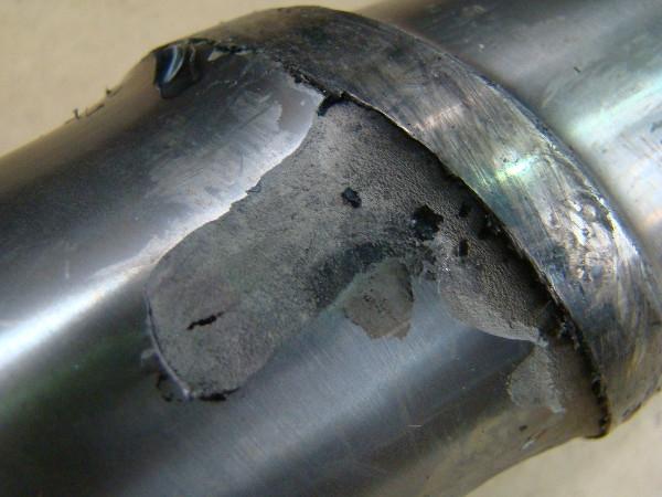 Ślimak bi-metaliczny z odpadająca warstwą zewnętrzną