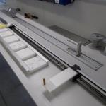 Prowadnice igus w produkcji osłon przeciwsłonecznych